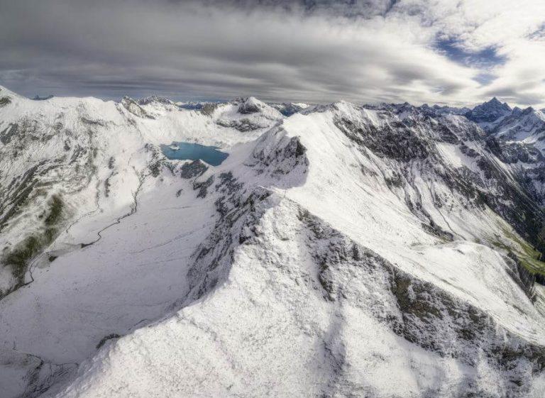 Panorama Allgäu Alpen Berge Hinterstein Winter Schnee verschneit Schrecksee Bergsee Erster Schnee Oberallgäu