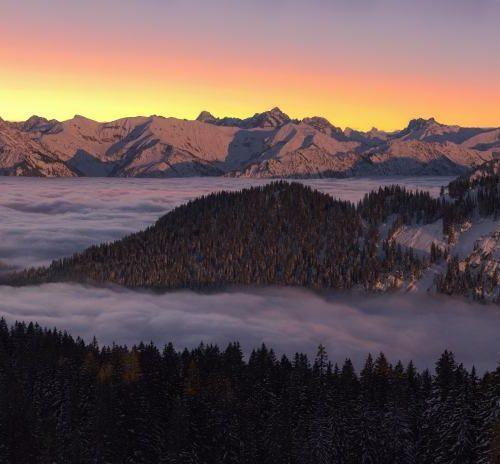 Panorama Allgäu Alpen Berge Winter Schnee verschneit Trettach Hochalpen Sonnenaufgang Sonnenuntergang Alpenglühen Oberstdorf Oberallgäu Hochfrott Mädelegabel
