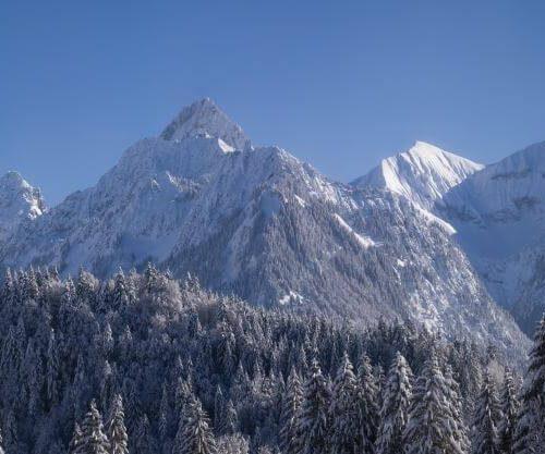 Panorama Allgäu Alpen Berge Winter Schnee verschneit Himmelschrofen Krottenkopf Höfats Rubihorn Nebelhorn Oberstdorf Oberallgäu Rubi